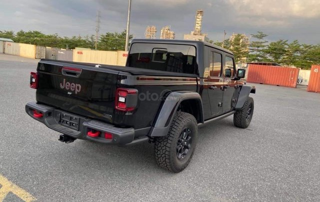 Bán Jeep Gladiator Launch Edition model 2020, màu đen, nhập khẩu5
