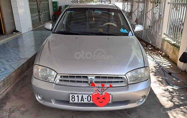 Cần bán xe Kia Spectra sản xuất năm 2004, màu bạc còn mới0
