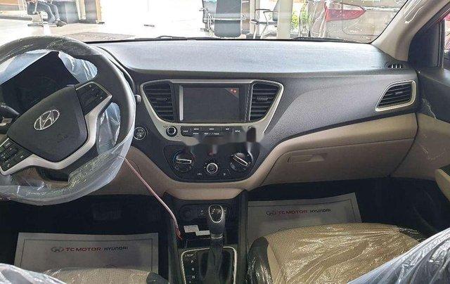 Cần bán Hyundai Accent đời 2020, màu trắng4