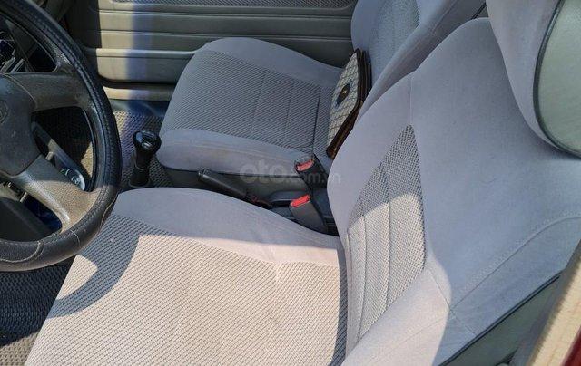 Cần bán Kia Pride GTL, SX 2001, máy xăng, nhập khẩu, đã chạy 80000km, xăng 6 L/100km, nội thất màu ghi, xe 5 cửa, máy 1.36