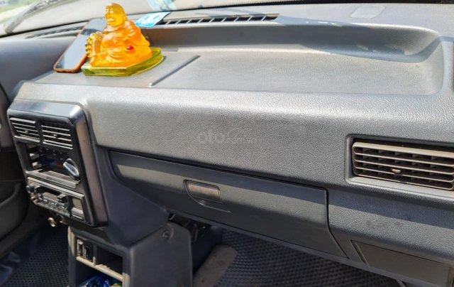 Cần bán Kia Pride GTL, SX 2001, máy xăng, nhập khẩu, đã chạy 80000km, xăng 6 L/100km, nội thất màu ghi, xe 5 cửa, máy 1.35
