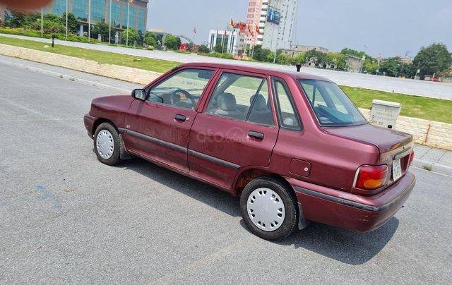 Cần bán Kia Pride GTL, SX 2001, máy xăng, nhập khẩu, đã chạy 80000km, xăng 6 L/100km, nội thất màu ghi, xe 5 cửa, máy 1.31