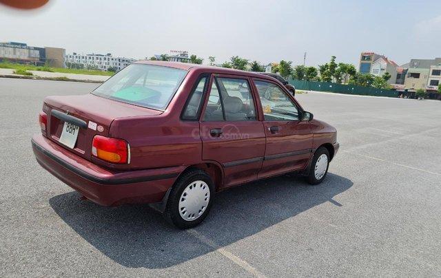 Cần bán Kia Pride GTL, SX 2001, máy xăng, nhập khẩu, đã chạy 80000km, xăng 6 L/100km, nội thất màu ghi, xe 5 cửa, máy 1.32