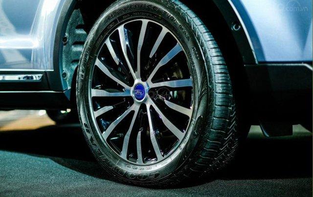Ford Territory sắp ra mắt, thế chân Ford Escape đối đầu Honda CR-V9