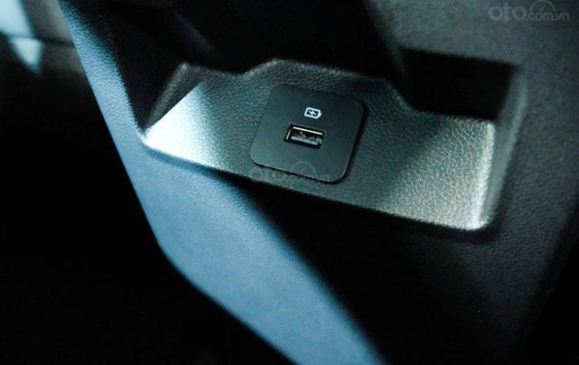 Ford Territory sắp ra mắt, thế chân Ford Escape đối đầu Honda CR-V16