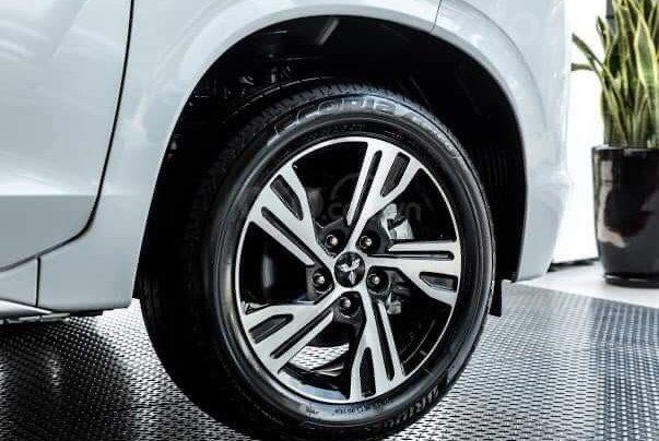 [Mitsubishi Bình Triệu] giá tốt nhất lăn bánh chỉ từ 555 triệu, hỗ trợ vay 80% giá trị xe và trả góp lãi suất 5.99%/ năm6