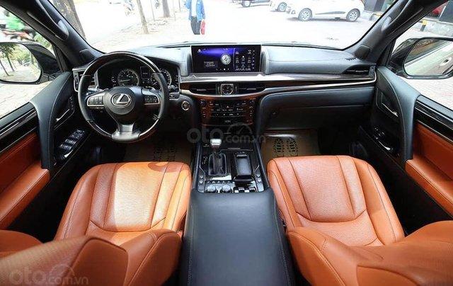 Lexus LX570 bản nhập Trung Đông sản xuất 20166