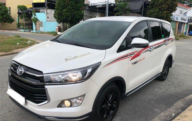 Bán xe Toyota Innova Venturer 2.0L, xe như mới1