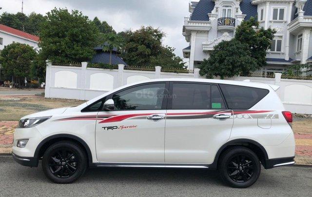 Bán xe Toyota Innova Venturer 2.0L, xe như mới5