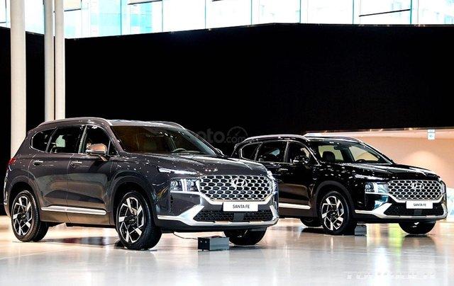 Hyundai Santa Fe facelift sẽ cập bến thị trường Việt vào đầu năm 202112