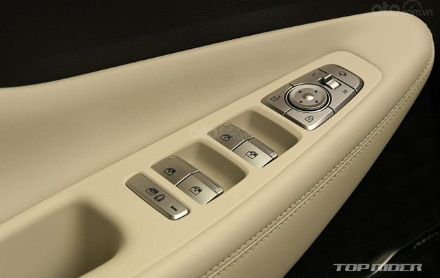 Hyundai Santa Fe facelift sẽ cập bến thị trường Việt vào đầu năm 20218