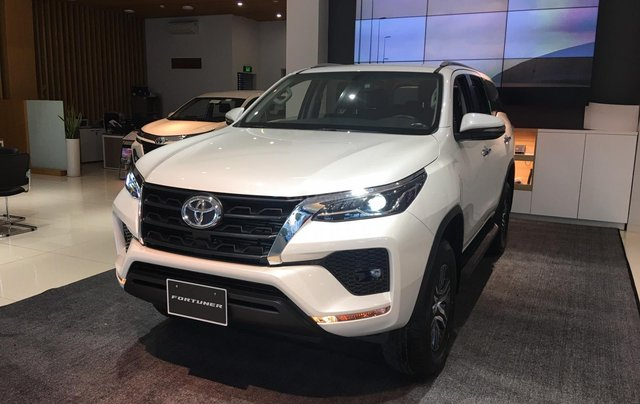 Bán Toyota Fortuner 2020 giá 995 triệu, trả trước 280 triệu nhận xe tại Toyota Tây Ninh0