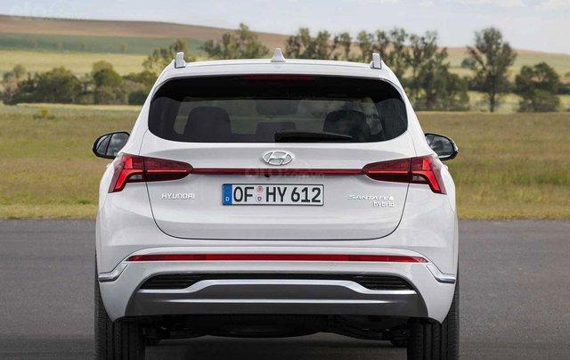 Hyundai Santa Fe facelift sẽ cập bến thị trường Việt vào đầu năm 20213