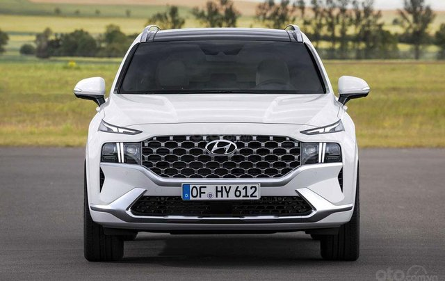 Hyundai Santa Fe facelift sẽ cập bến thị trường Việt vào đầu năm 20210