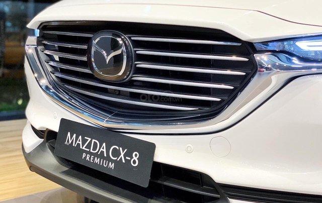 [TPHCM] Mazda CX8 - ưu đãi hơn 220tr - hỗ trợ bảo hiểm thân vỏ và phụ kiện - Chỉ 320tr3