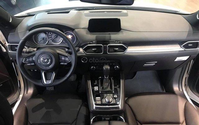 [TPHCM] Mazda CX8 - ưu đãi hơn 220tr - hỗ trợ bảo hiểm thân vỏ và phụ kiện - Chỉ 320tr4