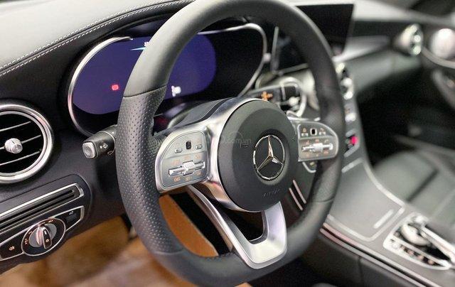 Bán Mercedes C300 AMG 2020 màu đỏ siêu lướt, giá cực tốt3