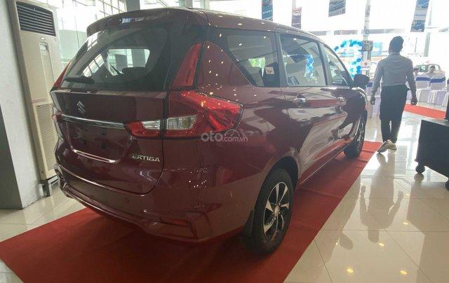Suzuki Ertiga full option giá cực sốc, hỗ trợ trả góp cực cao, chỉ còn vài xe trả trước 100triệu có xe lăn bánh4