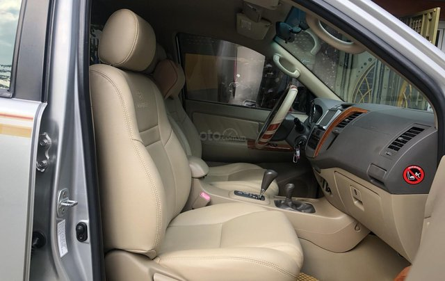 Gia Hưng Auto bán xe Toyota Fortuner V 2.7AT đời 2011, đăng ký chính chủ tên tư nhân2