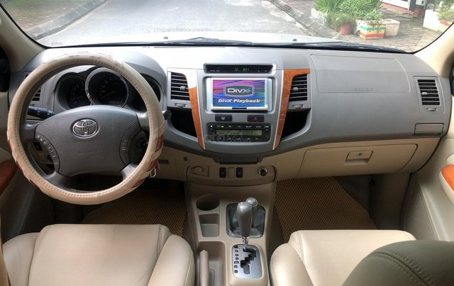 Gia Hưng Auto bán xe Toyota Fortuner V 2.7AT đời 2011, đăng ký chính chủ tên tư nhân3