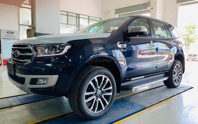 [Siêu khuyến mãi 2020 ] 0909907900 Ford Everest Bi-Turbo, Si-Turbo, đủ màu, giao ngay, tặng bảo hiểm vật chất, dán film1