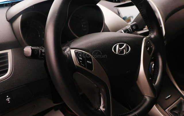 Bán xe Hyundai Elantra GLS 1.8MT sx 20138