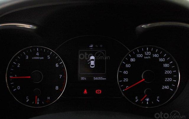 Kia Cerato 1.6MT 2017, xe màu đen cực sang8