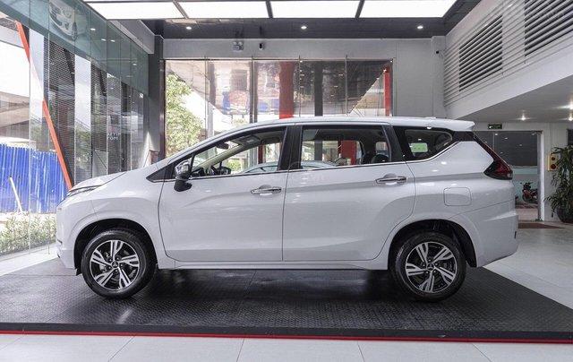 Giá xe Mitsubishi Xpander 2020 hỗ trợ phí trước bạ, hỗ trợ trả góp, ưu đãi sốc, giao xe ngay liên hệ để nhận tư vấn0