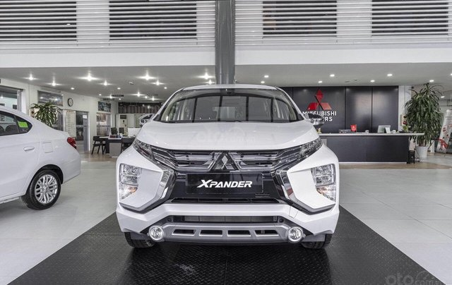 Giá xe Mitsubishi Xpander 2020 hỗ trợ phí trước bạ, hỗ trợ trả góp, ưu đãi sốc, giao xe ngay liên hệ để nhận tư vấn1