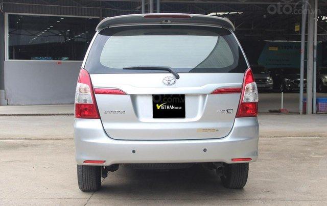 Cần bán gấp Toyota Innova đời 2014, giá chỉ 448 triệu3