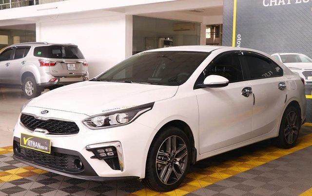 Bán xe Kia Cerato 1.6MT 2020, màu trắng1