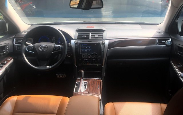 Toyota Camry 2.5Q 2018, siêu mới 3.900km6