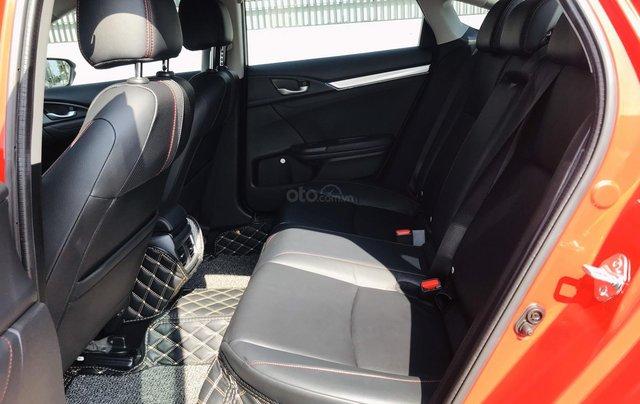 Honda Civic RS 1.5Turbo 2019. Xe nhập khẩu Thái Lan, đăng kí tư nhân 1 chủ mới như xe hãng, đi zin 8.000 km9
