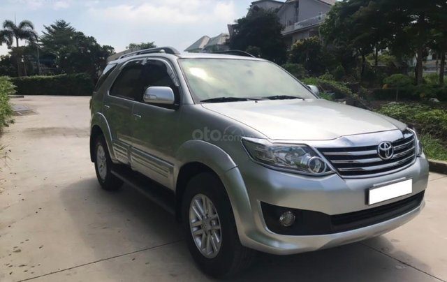 Cần bán xe Toyota Fortuner 2.7V 4x2 AT 20130