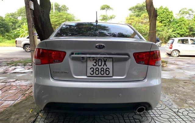 Bán gấp với giá ưu đãi nhất chiếc Kia Cerato đời 2009, màu bạc, giao nhanh1