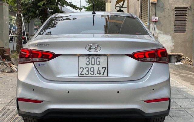 Bán nhanh chiếc Hyundai Accent 1.4 ATH bản đặc biệt màu bạc, giá ưu đãi1