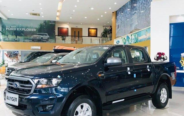 Ford Ranger XLS - khuyến mãi khủng cuối năm, giảm hàng chục triệu và tặng PK giá trị1
