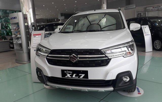 Suzuki XL 7 xe 7 chỗ nhập khẩu, hỗ trợ xem xe và lái thử tận nhà5