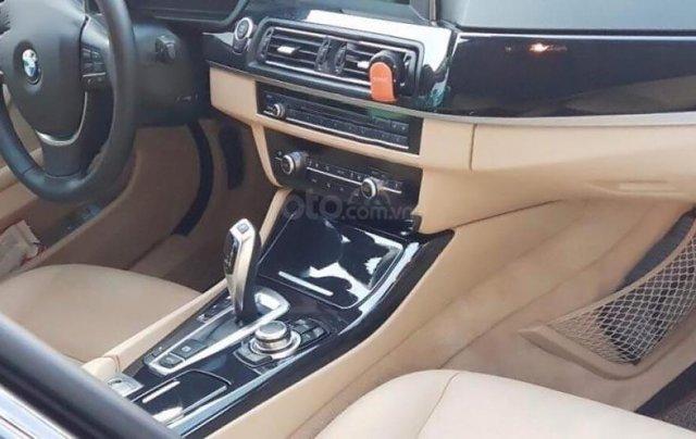 Cần bán xe BMW 5 Series 520i đời 2016, màu đen1
