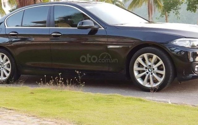 Cần bán xe BMW 5 Series 520i đời 2016, màu đen2
