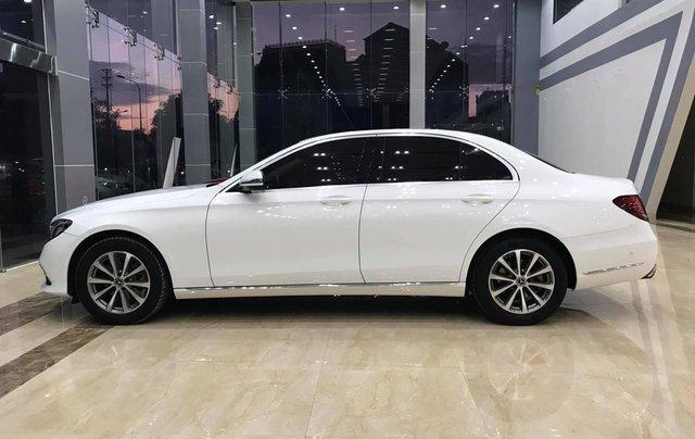 Bán nhanh với giá thấp chiếc Mercedes-Benz E200 sản xuất 2018, giao nhanh toàn quốc0