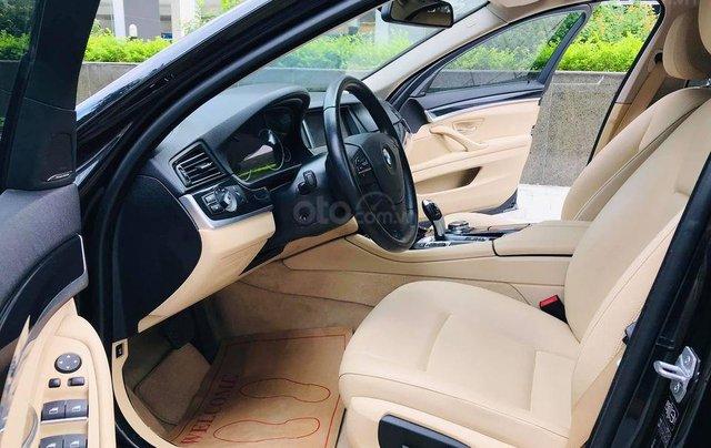Bán xe BMW 520i model 2015 full options, nhập khẩu nguyên chiếc, màu đen, nội thất kem trẻ trung và sang trọng5