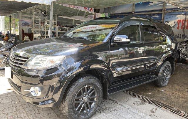 Bán Toyota Fortuner 2.7V sản xuất 2015, màu đen, số tự động, giá 750tr0