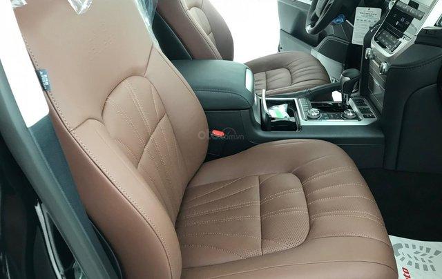 Viet Auto bán xe Toyota Landcruiser VX-S 5.7V8, model 2021 mới nhất4