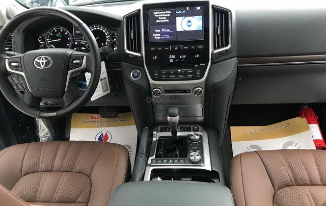 Viet Auto bán xe Toyota Landcruiser VX-S 5.7V8, model 2021 mới nhất9
