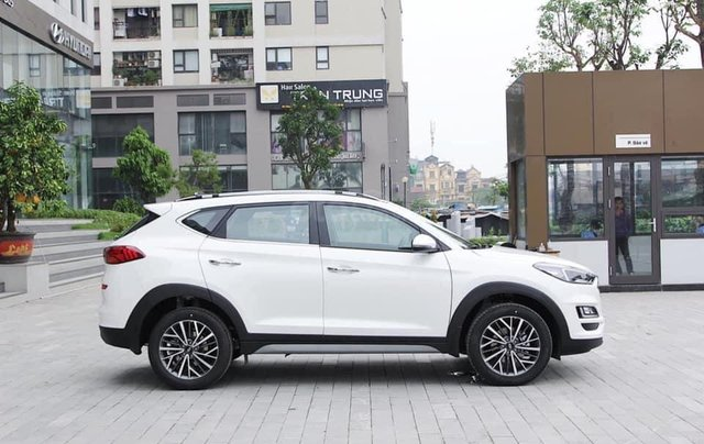 [Hyundai Tucson 2020] Giảm ngay 50% thuế trước bạ, tặng kèm phụ kiện hấp dẫn, giảm tiền mặt, thanh toán 150tr nhận xe3