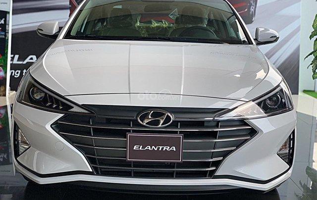 Hyundai Elantra 2020 ưu đãi cực lớn, giảm ngay 50% thuế trước bạ + tặng tiền và phụ kiện1