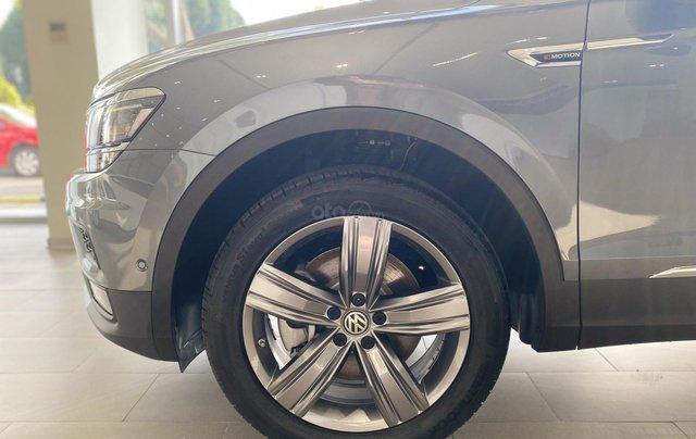 Tiguan Luxury xám, 7chỗ, nhập khẩu,, nhiề u màu, ưu đãi bất ngờ lên đến 120tr cho tháng 10, hỗ trợ lái thử & giao xe toàn quốc2