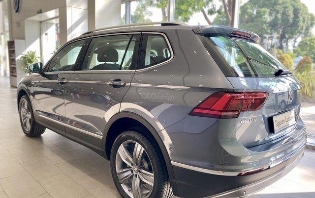 Tiguan Luxury xám, 7chỗ, nhập khẩu,, nhiề u màu, ưu đãi bất ngờ lên đến 120tr cho tháng 10, hỗ trợ lái thử & giao xe toàn quốc3