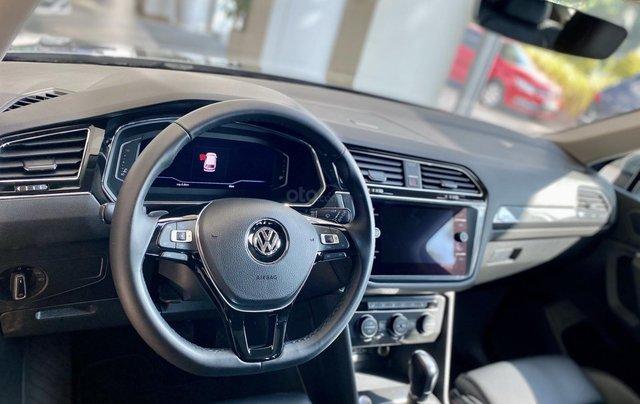 Tiguan Luxury xám, 7chỗ, nhập khẩu,, nhiề u màu, ưu đãi bất ngờ lên đến 120tr cho tháng 10, hỗ trợ lái thử & giao xe toàn quốc5